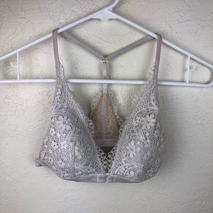 Victoria's Secret Cream Lace Bralette C5